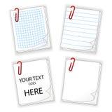 Bladen van document met rode klem Stock Foto's