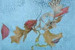 Bladeren op Water met Barsten Stock Afbeelding