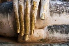 Bladguld täckt Buddhahand Royaltyfri Fotografi
