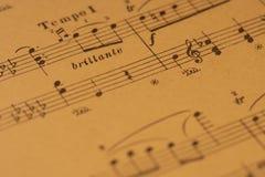Bladmuziek met tempo en uitdrukkingstekens stock foto's