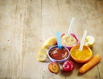 blanc cru de macaronis de nourriture de fond de chéri Photo stock