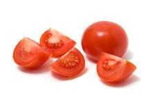 blanc découpé en tranches d'isolement de tomate photographie stock