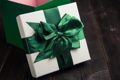 blanc d'image de cadeau du cadre 3d Photos libres de droits