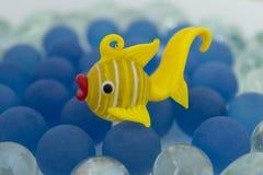 blanc d'isolement d'or de poissons Photo stock