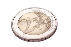 blanc d'isolement par euro de 2 pièces de monnaie Photographie stock