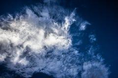Blanc dans le ciel Images libres de droits