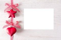 Blanc de carte rouge de coeur d'étoile Photographie stock libre de droits