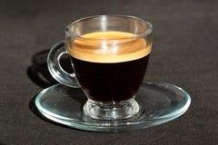 blanc de chemin d'isolement par café express de cuvette de café de fond photos libres de droits