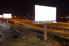 blanc de panneau d'affichage pour l'affiche de publicité extérieure ou billboar vide Photo libre de droits