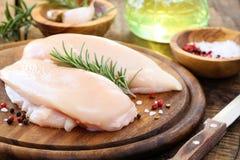 Blanc de poulet cru Photo stock