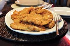Blanc de poulet pané Photo stock