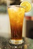 blanc de thé d'isolement par glace Photographie stock