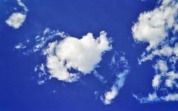 blanc de valentine de coeur du nuage 3d Image stock
