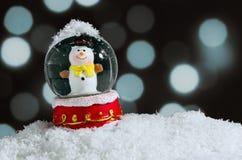 blanc de vecteur de neige d'isolement par illustration de globe Photographie stock libre de droits
