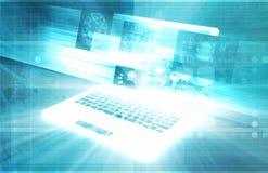 blanc moderne de technologie d'ordinateur portatif d'isolement par ordinateur de fond Images libres de droits