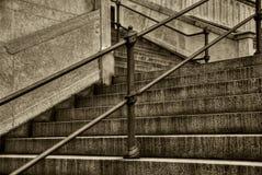 blanc noir d'escalier Image stock