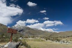 Blanca кордильер около Huaraz Стоковые Изображения RF