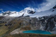 blanca Cordillera cruz Peru Santa wędrówka obrazy royalty free