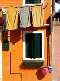 Blanchisserie dans Burano Photographie stock