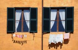 Blanchisserie - petite et grande Images libres de droits