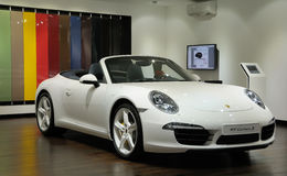 Blanco 911 Carrera S Porsche Imagen de archivo libre de regalías