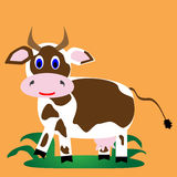 Blanco con la vaca alegre de las manchas marrones Fotos de archivo libres de regalías