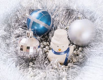 Blanco del muñeco de nieve de los ornamentos del Año Nuevo Fotos de archivo libres de regalías