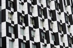 Blanco del negro de la casa de Kiev del edificio del dominó del color fotos de archivo