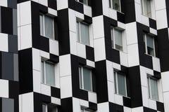 Blanco del negro de la casa de Kiev del edificio del dominó del color imagenes de archivo