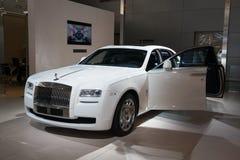 Blanco inglés del fantasma de Rolls Royce Imágenes de archivo libres de regalías