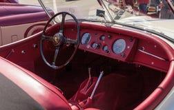 Blanco Jaguar 1956 XK 140 bujías métricas Fotografía de archivo libre de regalías