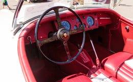 Blanco Jaguar 1956 XK 140 bujías métricas Fotos de archivo libres de regalías