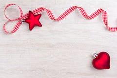 Blanco rojo de la cinta del corazón de la estrella Fotos de archivo libres de regalías