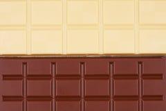 Blanco y fondo del extracto del chocolate con leche Fotografía de archivo