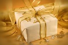 Blanco y oro Foto de archivo libre de regalías