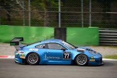 Blancpain GT serie Porsche 911 GT3 R som springer på Monza Fotografering för Bildbyråer