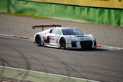 Blancpain serie 2015 Audi R8 LMS GT3 przy Monza Obrazy Royalty Free