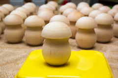 Blancs en bois des boîtes à champignon Images libres de droits