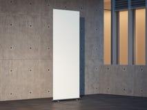 Blancs vides s'enroulent avec les murs en béton sur le fond, le rendu 3d Photos stock