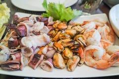 Blanda skaldjur av tioarmade bläckfisken, musslor och räka Royaltyfria Foton