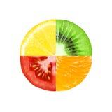 Blandad skiva av frukt och grönsaken Royaltyfri Bild