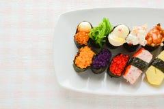 Blandad sushi royaltyfria bilder