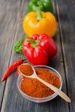 Blandade färgrika variationer av söta peppar Fotografering för Bildbyråer