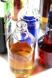 blandade flaskor för alkohol arkivfoton