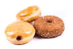 Blandade glasade och glaserade donuts Arkivfoton