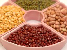 blandade legumes Arkivfoton