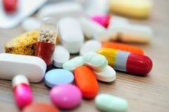 blandade pills Royaltyfri Fotografi