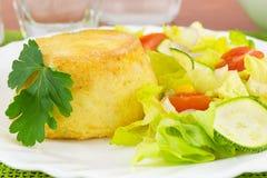 blandade potatisar langetterade grönsaker arkivbild