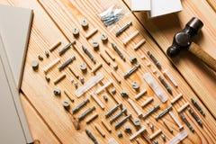 Blandade träverk- och snickeri- eller konstruktionshjälpmedel, sörjer trä Royaltyfria Foton