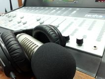 Blandare för studiobang mic, headphone- och konsol Royaltyfri Bild